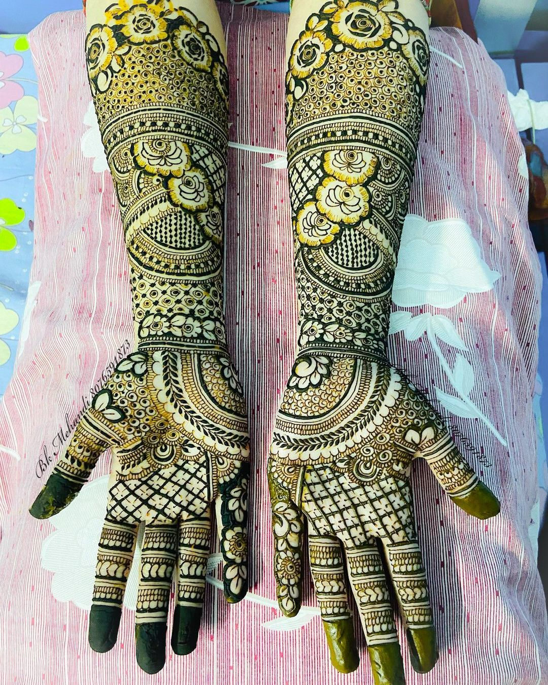 traditional_mehandi_artists_at_home_near_me
